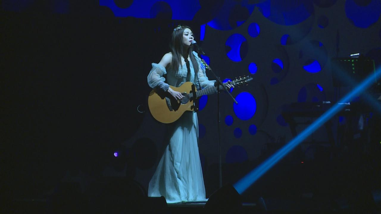 蔡健雅香港演唱會尾場 落力獻唱回饋歌迷