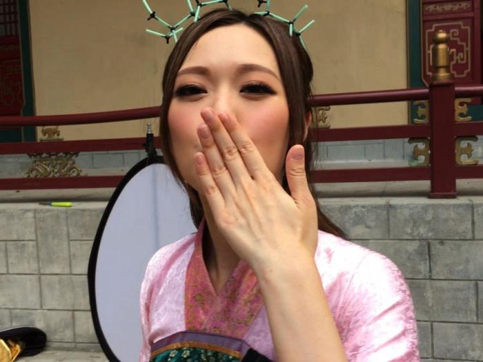 幕後花絮01:是非精大送飛吻!