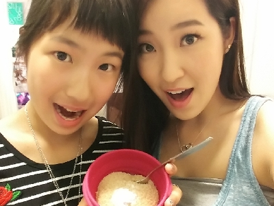 Baking with the Huynh sisters!