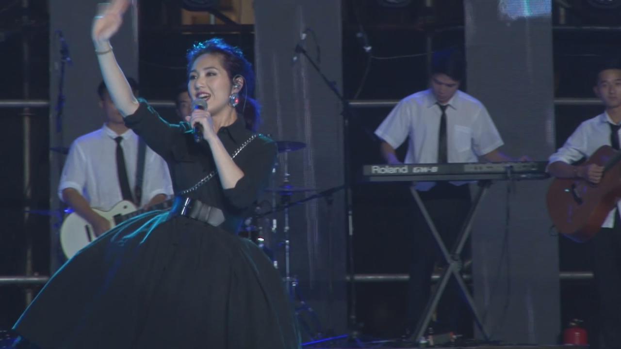 (國語)楊千嬅廣州出席音樂會 慶幸Torres考入心儀學校
