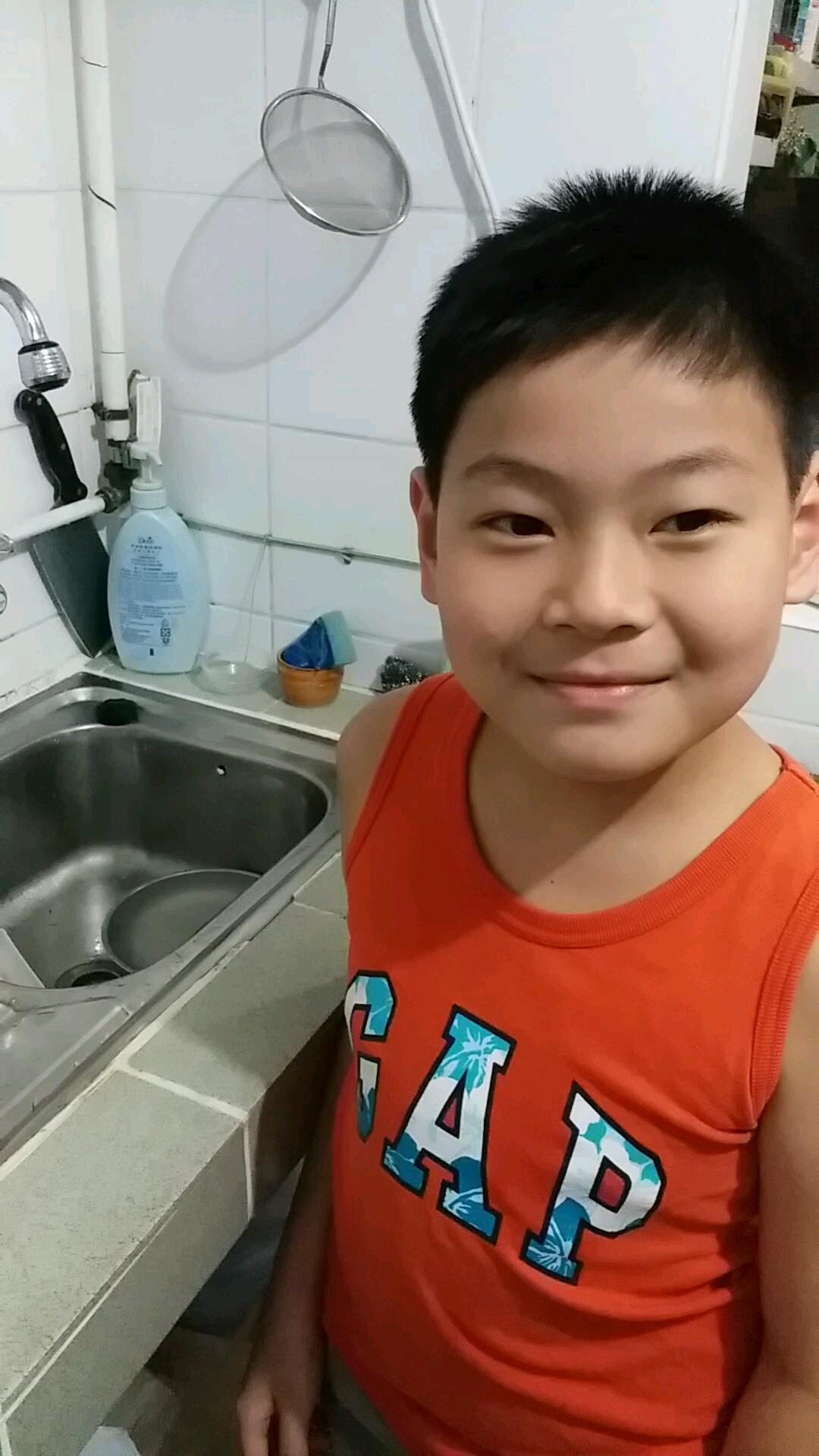 峰爺廚房Alex的影片