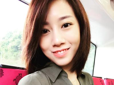 Nicole 胡美貽 First Live?
