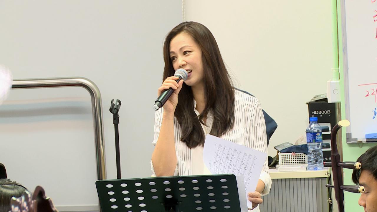 (國語)將於國際電影音樂巡禮演出 王馨平與中樂團進行綵排
