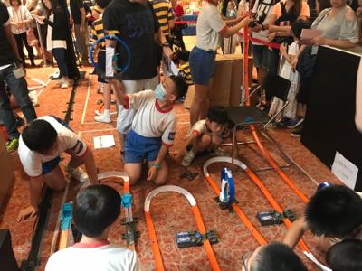 校際路軌工程賽總決賽2017學生比賽情況最後15分鐘