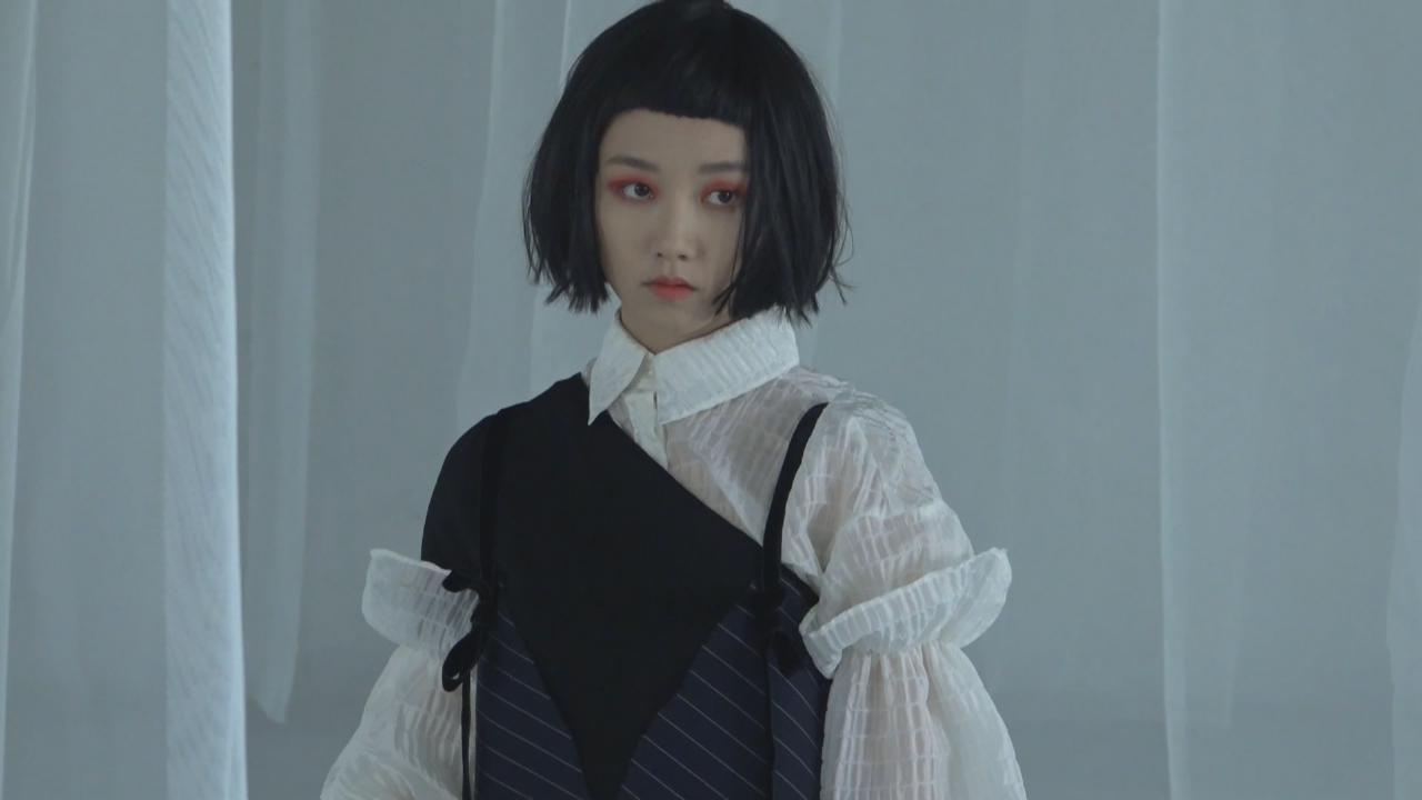 顔卓靈為新歌拍攝MV 笑言常與媽媽吵架