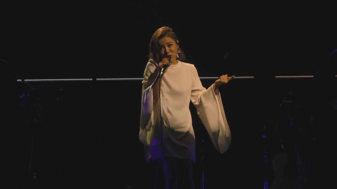 (國語)舉行十周年紀念演唱會 丁噹與粉絲細訴入行前趣事