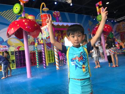 小小豬直播篇 - 生日嚟玩夏水禮