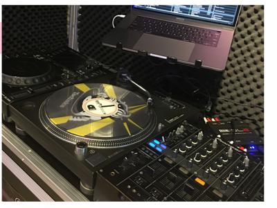 2017-08-16 DJ School
