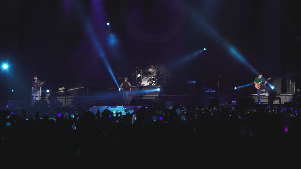 CNBLUE第十次來港開演唱會 四子以廣東話與粉絲互動
