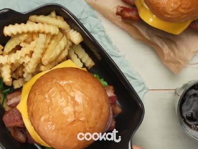 [食左飯未呀 Cookat] 芝士漢堡