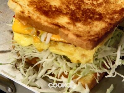 [食左飯未呀 Cookat] 火腿煙肉三文治