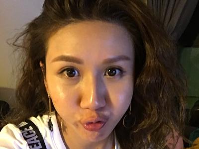 2017-09-28 Live Broadcast by 阮兒Chloe