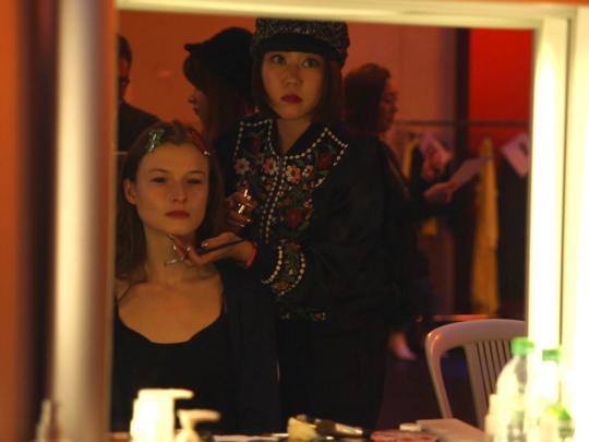巴黎時裝週化妝—後台花絮