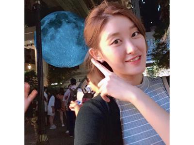 我望完月光,你呢!?