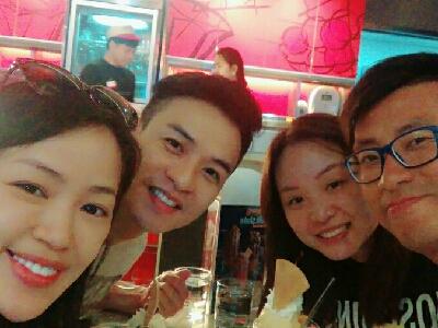 曼谷食雪糕    曼谷食雪糕2017-10-24 李漫芬的直播