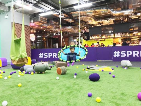 熱爆芬蘭嘅SuperPark於香港開幕啦!! 好玩到癲咗?? SuperPark 來自芬蘭,香港係芬蘭以外第1個開辦城市, 一站式室內活動樂園, 超過20項有趣、健康及激發體能的遊戲運動, 12月16日正式開放公眾啦!!nSuperPark Hong Kongn地址: 大角咀一號銀海