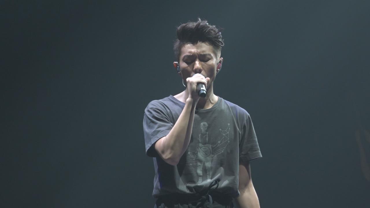 周國賢演唱會尾場 兩度encore氣氛高漲