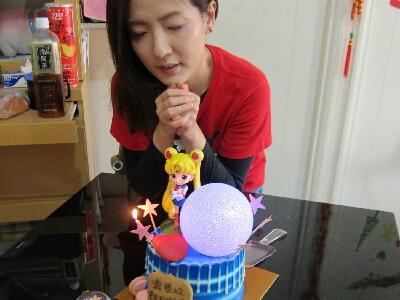 2017-12-16 大頭 梁珈詠生日蛋糕