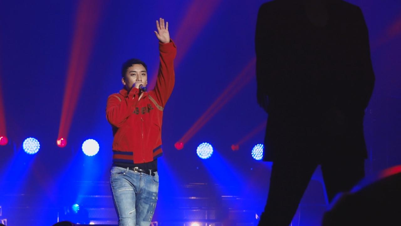 澳門開騷與粉絲慶生 勝利獨唱BIGBANG金曲炒熱氣氛