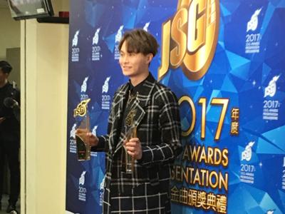 勁歌總選得奬歌手訪問
