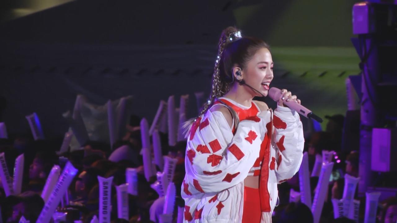 RAIN出席台灣跨年晚會 勁歌熱舞掀全場高潮