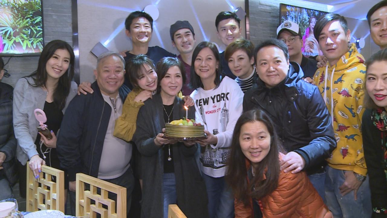 平安谷之詭谷傳說首播飯局 蘇玉華享受拍劇過程