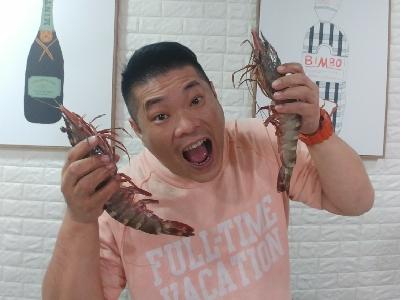 今晚咁凍,最好大蝦打邊爐。