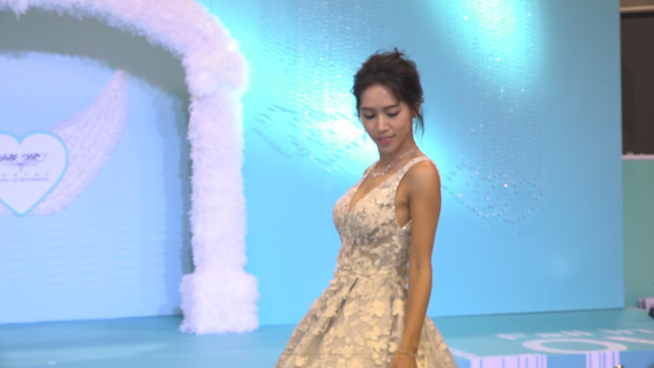 (國語)為婚紗展走秀 傅嘉莉盼到南極辦婚禮