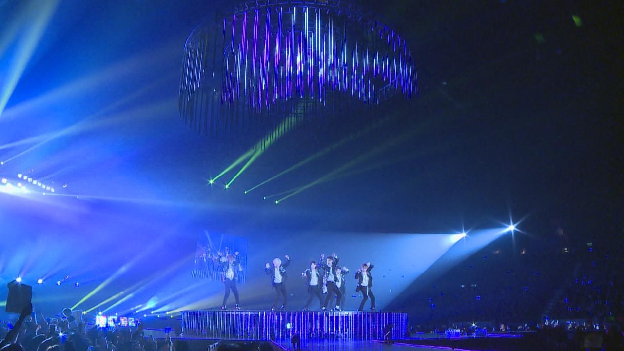 (國語)SuperJunior巡迴演唱會香港站 始源歸隊演出