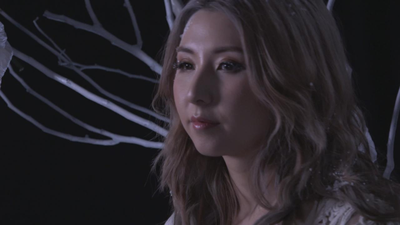 譚嘉儀拍攝新MV 大談歌曲內容