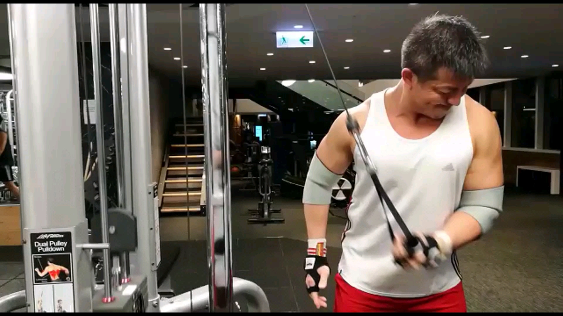 2018-03-06 Rocky Cheng 鄭健樂的影片 Training Episode (Chest and Triceps)