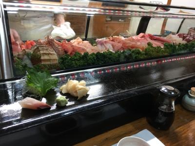張名雅滑雪滑到累,食下日本菜先