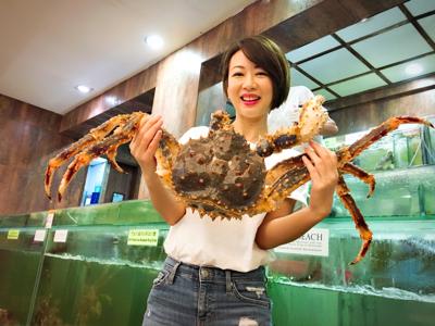 容羨媛之東張Big去食胡椒蟹