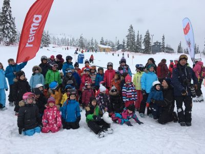 子博一家繼續snowboard@芬蘭