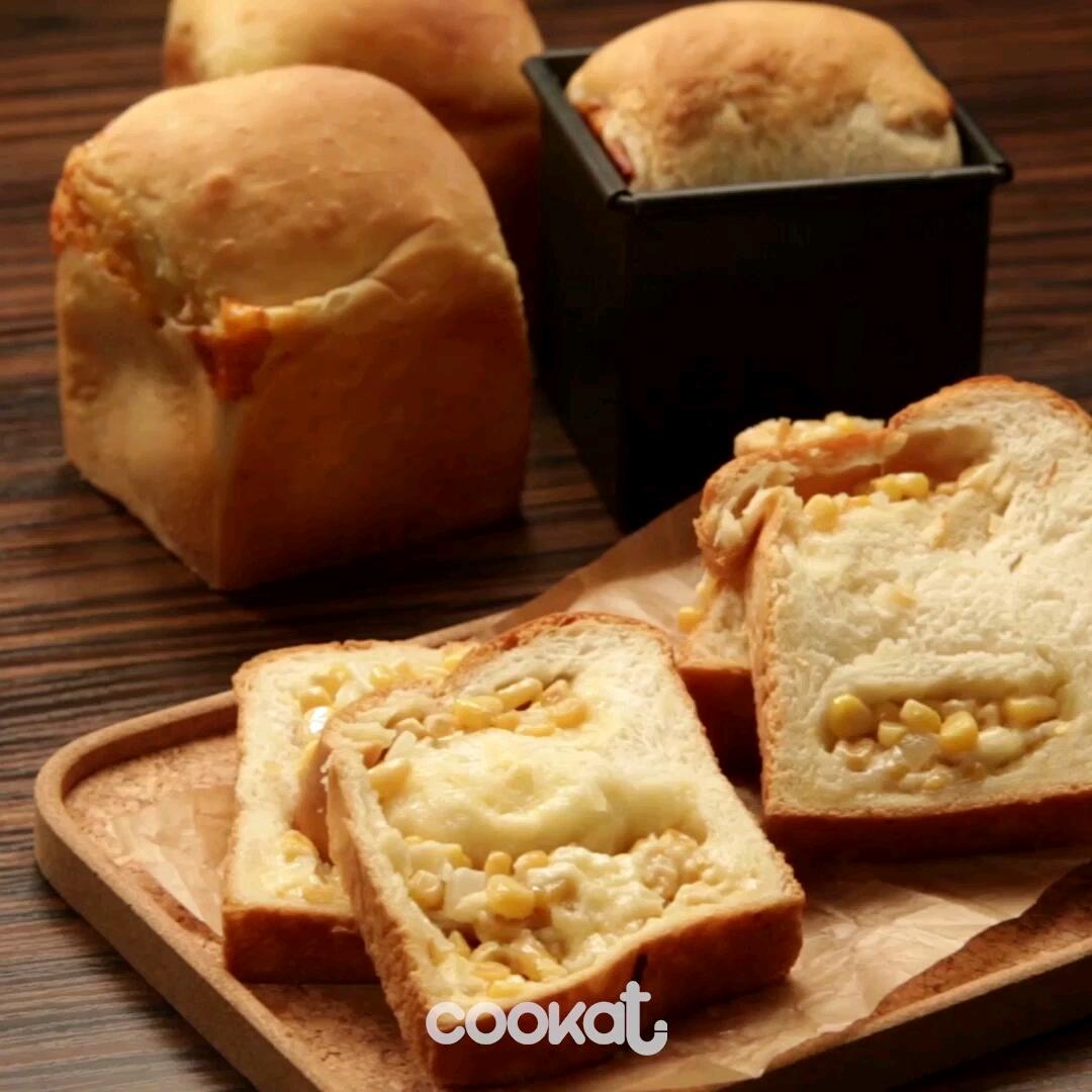 [食左飯未呀 Cookat] 芝士粟米麵包