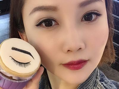 2018-03-29 李綺雯的直播,介紹新的眉妝產品