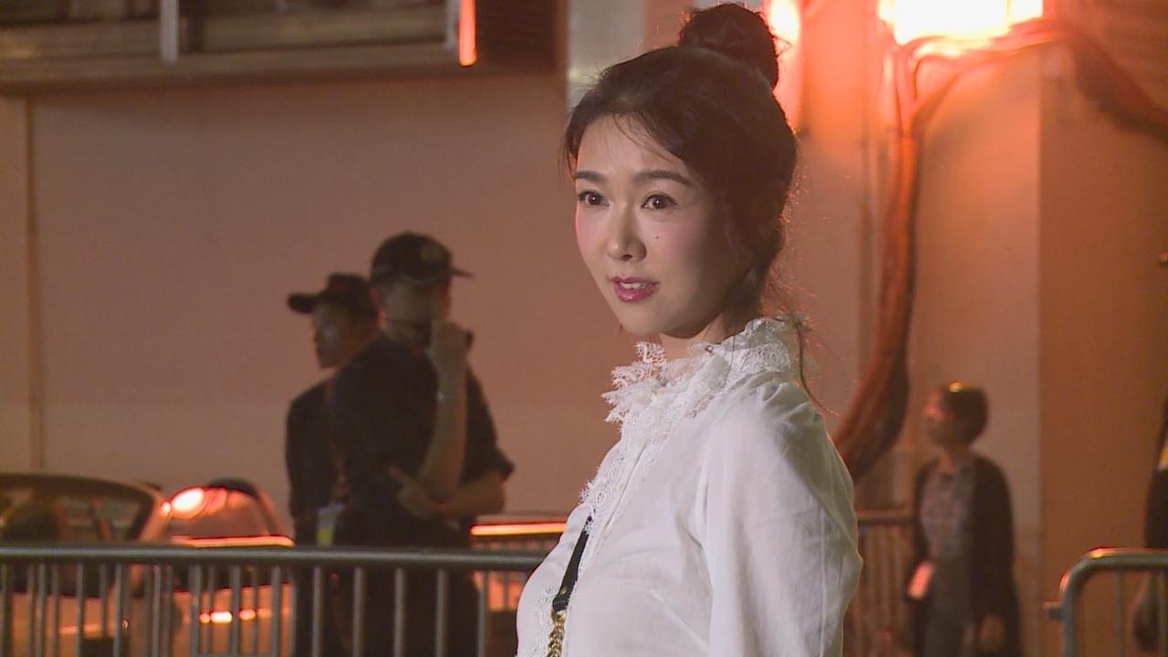 安室香港舉行告別演唱會 吸引圈中人到場朝聖