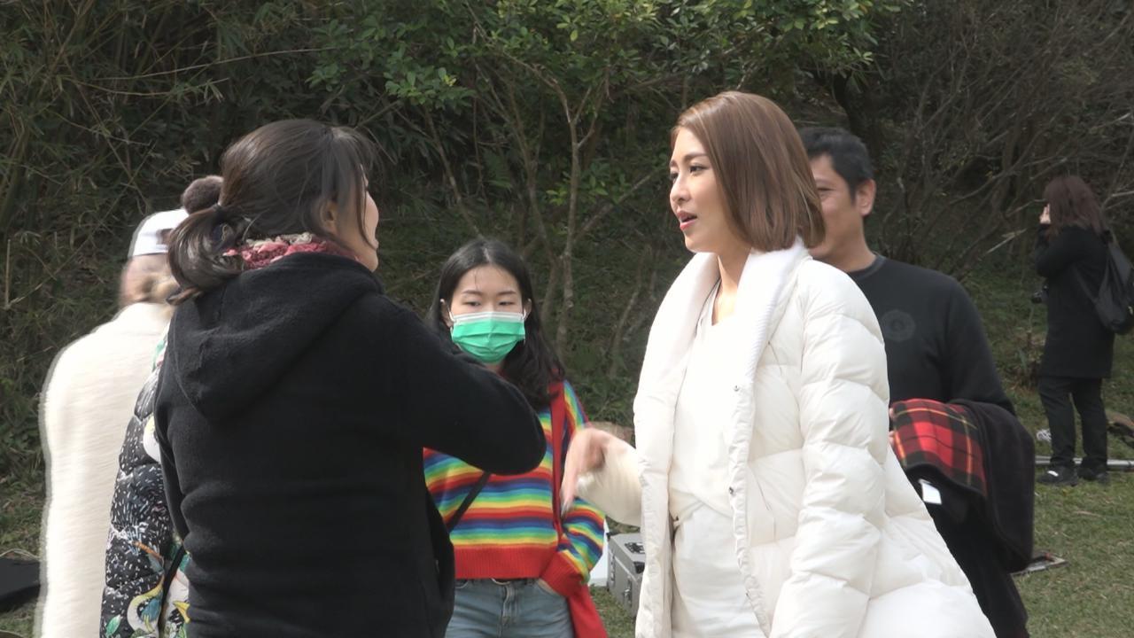 陳敏之與小朋友拍攝廣告 為人母後更懂小孩心理