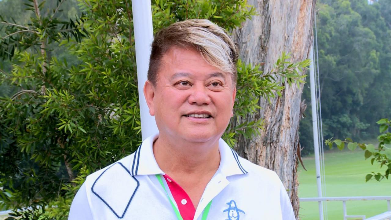 (國語)陳百祥透露太太熱衷打高爾夫 笑言自己球技僅次於秀姑