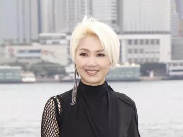 楊千嬅做多功能老婆