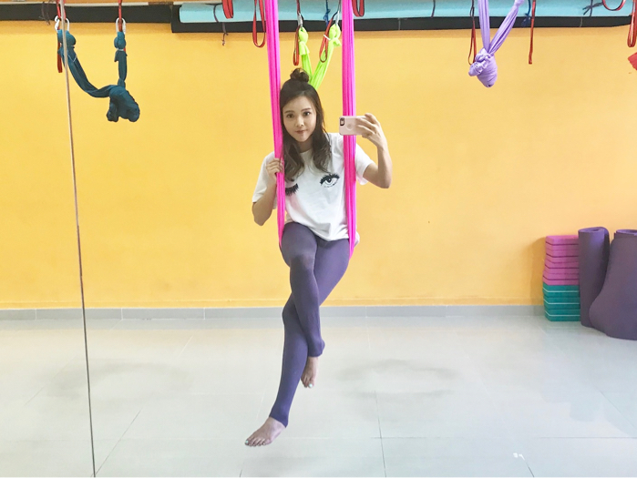 Aerial Yoga Practice n Stretch