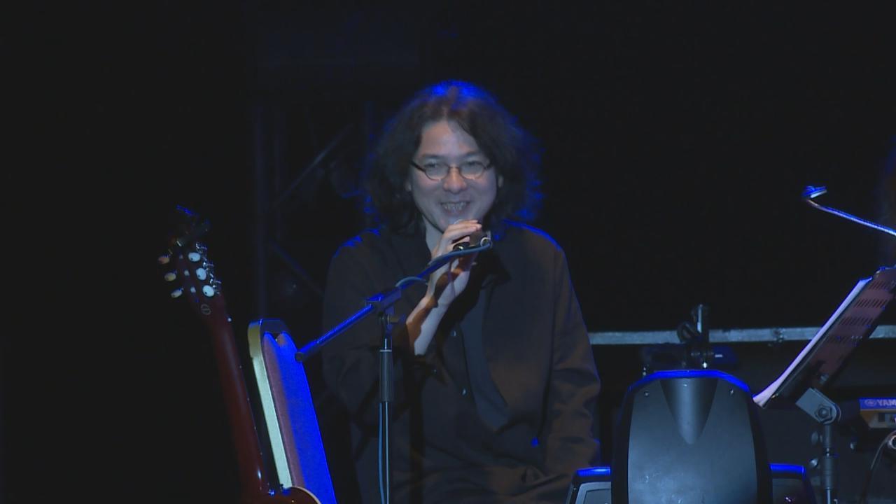 岩井俊二率樂隊Hectopascal來港開騷 用廣東話向樂迷打招呼