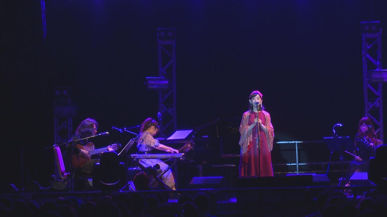 (國語)岩井俊二率樂隊Hectopascal到港開唱 用廣東話向樂迷打招呼