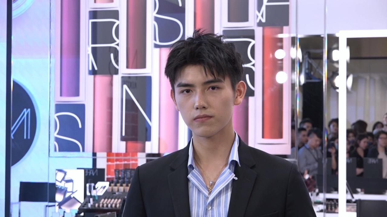 (國語)陳凱歌兒子陳飛宇現身深圳 坦言最愛女生化淡妝
