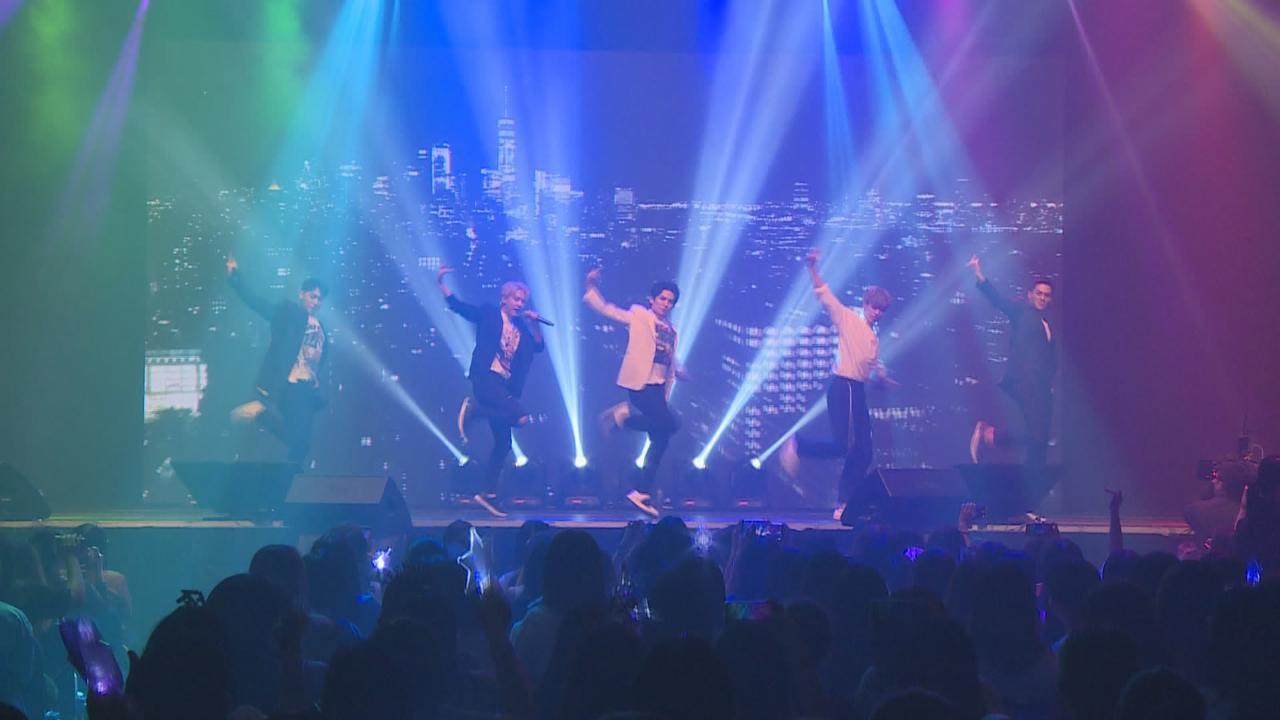 韓國男團TEENTOP來港舉辦見面會 勁歌熱舞呈現精彩舞台