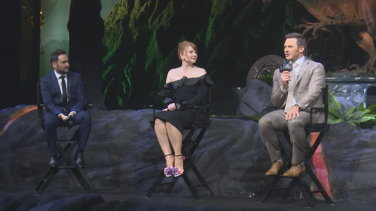 (國語)ChrisPratt與拍檔上海出席新戲記者會 被粉絲叫帕帕倍感親切