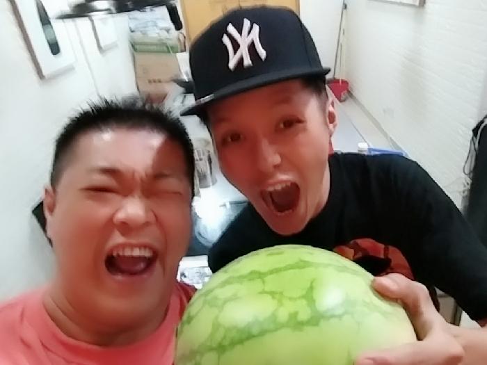 食西瓜???