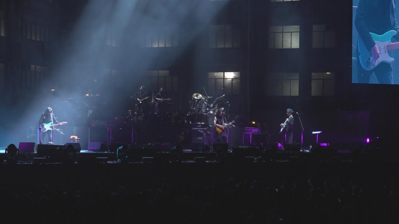 (國語)HKBAND紅館演唱會尾場 五人賣力演出氣氛火爆