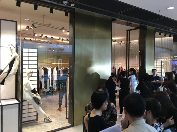 楊丞琳嚟香港現身時裝活動
