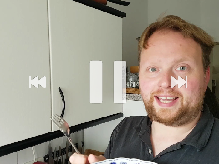 ?? 德國生活日常Markus自製格仔餅 ☺